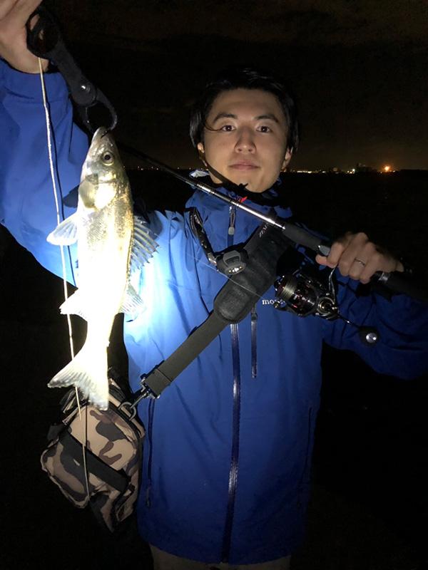【爆風】シーバス釣行