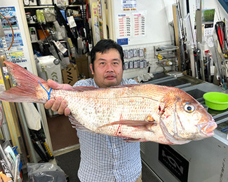 平井店スタッフ・富岡
